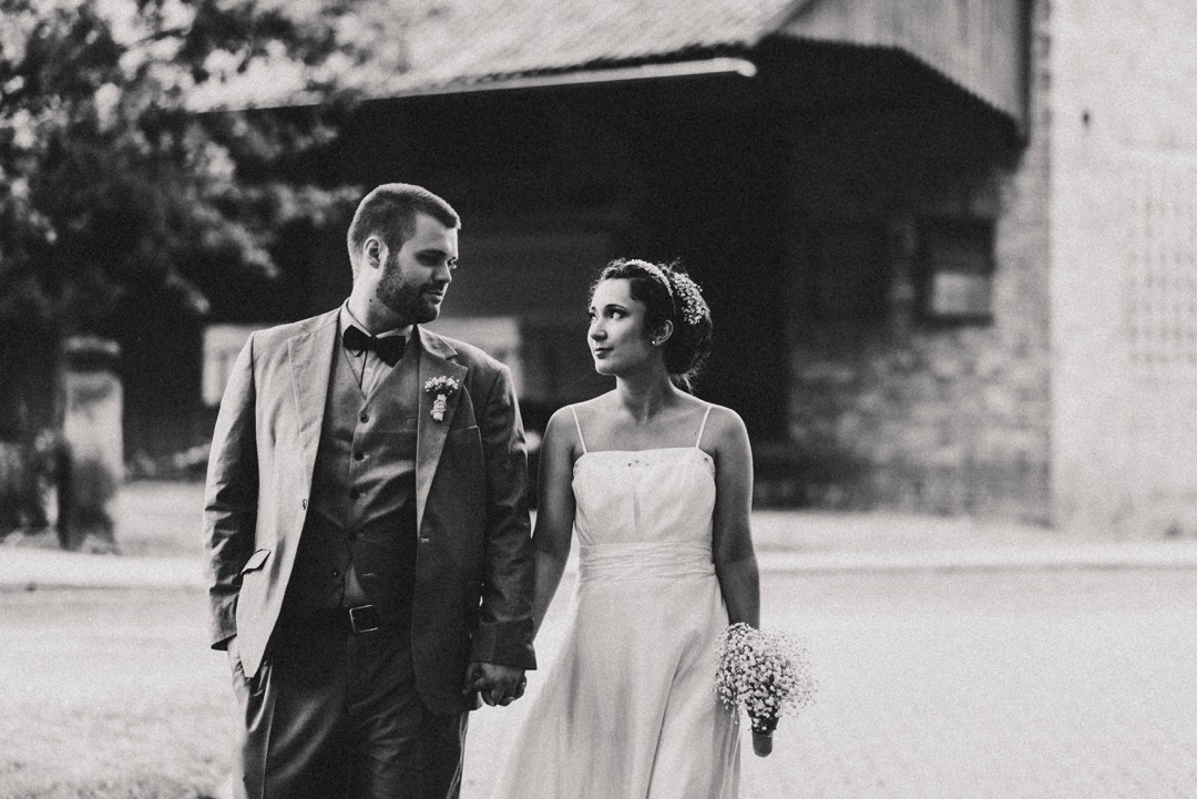 Emotionale Hochzeit komplett in schwarzweiß